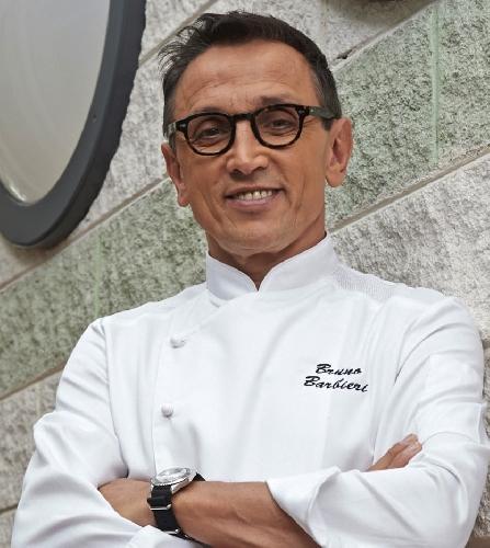 https://www.ragusanews.com//immagini_articoli/17-04-2015/luca-giannone-del-galu-in-giuria-con-bruno-barbieri-di-masterchef-500.jpg