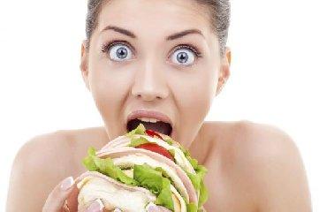 https://www.ragusanews.com//immagini_articoli/17-04-2019/se-sei-a-dieta-ma-non-resisti-tentazione-di-assaggiare-240.jpg
