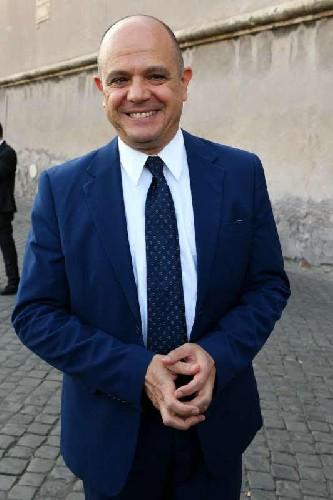 https://www.ragusanews.com//immagini_articoli/17-04-2020/ambasciatore-turco-grazie-medici-dell-ospedale-di-ragusa-500.jpg