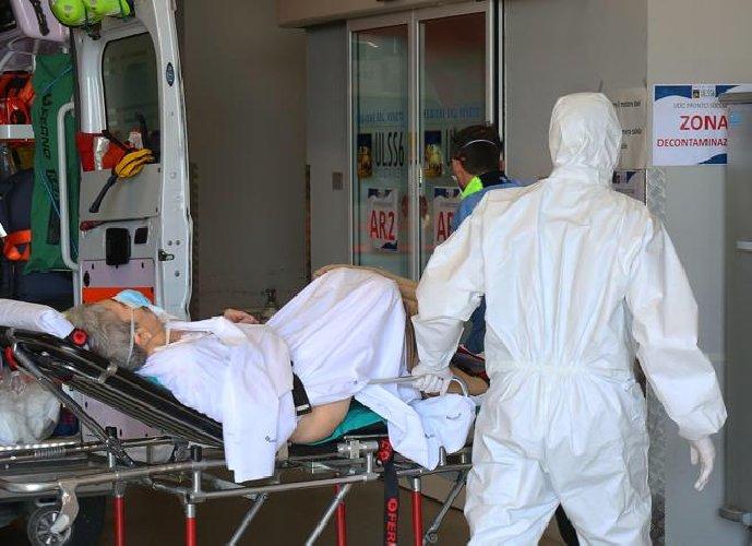 https://www.ragusanews.com//immagini_articoli/17-04-2021/tre-morti-covid-nel-ragusano-il-17-april-500.jpg
