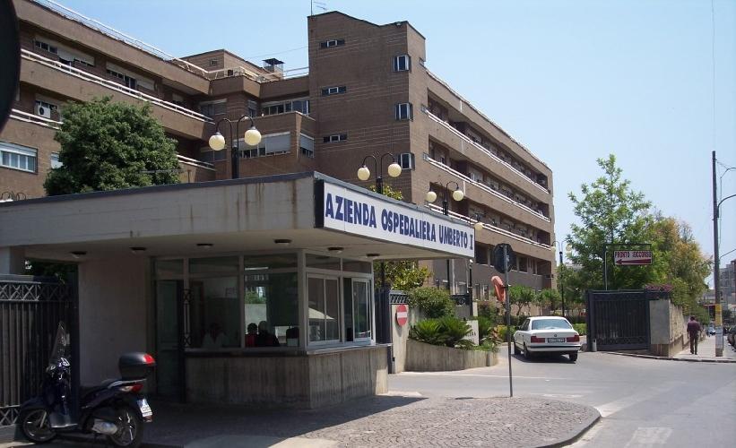 Siracusa, incendio in ospedale. Evacuati i pazienti