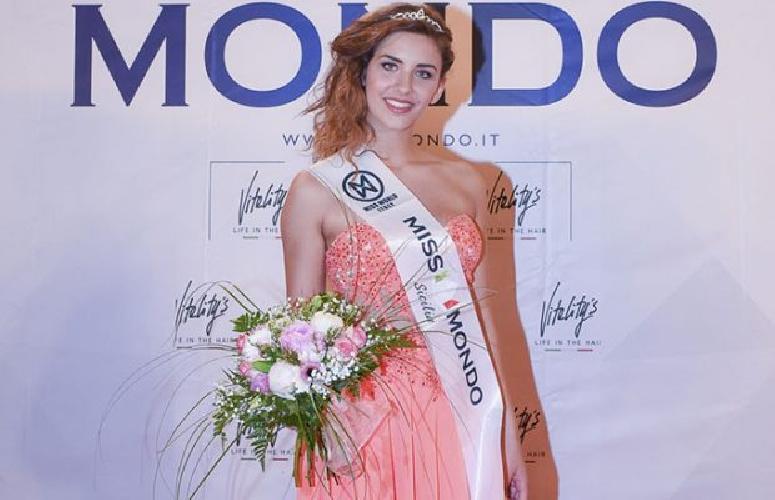 http://www.ragusanews.com//immagini_articoli/17-05-2017/gabriela-finalista-siciliana-miss-mondo-500.jpg