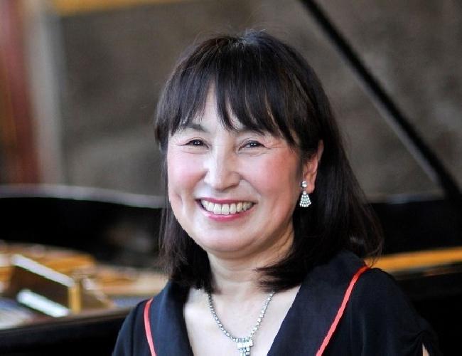 https://www.ragusanews.com//immagini_articoli/17-05-2017/pianista-atsuko-seta-modica-500.jpg