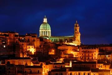 http://www.ragusanews.com//immagini_articoli/17-05-2017/sicilia-depressa-segnali-incoraggianti-solo-ragusa-240.jpg
