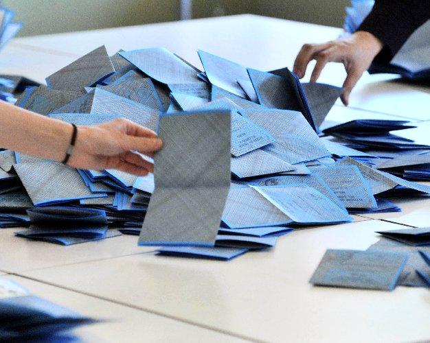 https://www.ragusanews.com//immagini_articoli/17-05-2018/candidati-sindaco-provincia-solo-faranno-record-500.jpg