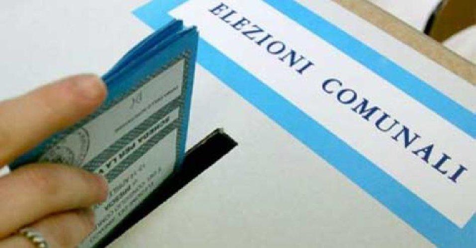 https://www.ragusanews.com//immagini_articoli/17-05-2018/elezioni-amministrative-candidati-comiso-500.jpg