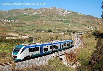 https://www.ragusanews.com//immagini_articoli/17-05-2018/treni-sicilia-240.jpg
