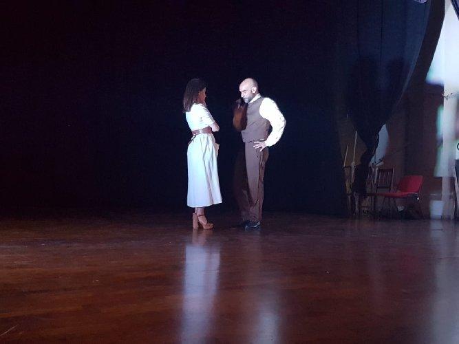 https://www.ragusanews.com//immagini_articoli/17-05-2019/omaggio-a-bufalino-in-teatro-a-comiso-500.jpg