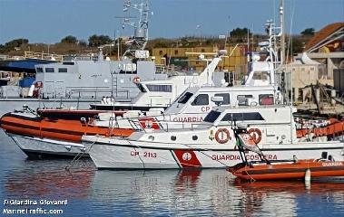 http://www.ragusanews.com//immagini_articoli/17-06-2017/emergenze-mare-numero-1530-240.jpg