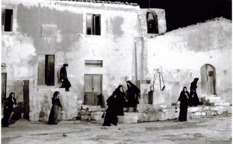 https://www.ragusanews.com//immagini_articoli/17-06-2019/marsaharillah-cinema-in-piazza-a-marina-di-ragusa-500.jpg