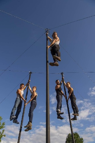 https://www.ragusanews.com//immagini_articoli/17-06-2021/circo-contemporaneo-teatro-e-musica-torna-scenica-a-vittoria-500.jpg