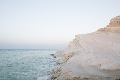 https://www.ragusanews.com//immagini_articoli/17-06-2021/sicilia-4-alla-zona-bianca-280.jpg