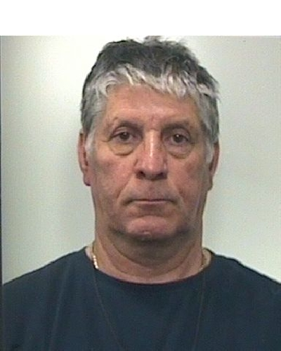 https://www.ragusanews.com//immagini_articoli/17-07-2011/resta-in-carcere-il-mago-di-modica-500.jpg
