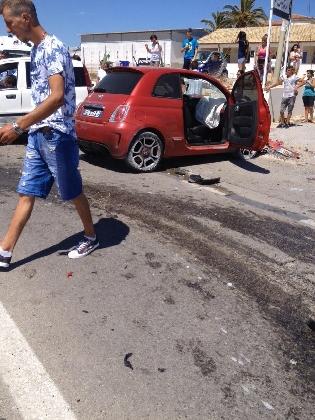 http://www.ragusanews.com//immagini_articoli/17-07-2016/terribile-incidente-sulla-scoglitti-gela-420.jpg
