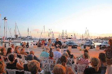 https://www.ragusanews.com//immagini_articoli/17-08-2018/pippo-noto-porto-marina-ragusa-240.jpg