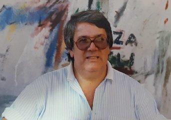 https://www.ragusanews.com//immagini_articoli/17-08-2019/1566063590-e-morto-bartolo-guccione-storico-presidente-scicli-1-240.jpg