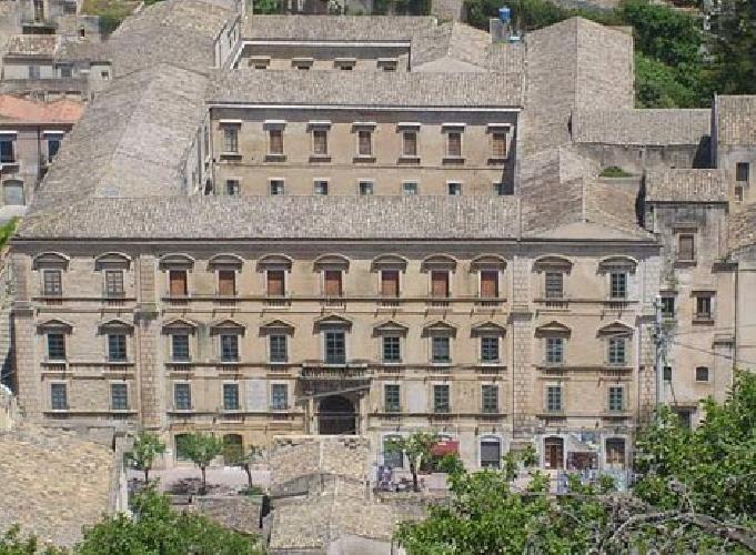 https://www.ragusanews.com//immagini_articoli/17-09-2014/il-classico-di-modica-nello-sblocca-italia-500.jpg
