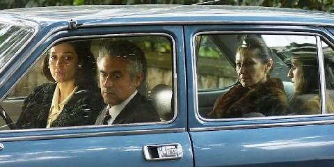 https://www.ragusanews.com//immagini_articoli/17-09-2020/cinema-di-frontiera-grimaldi-racconta-omicidio-mattarella-240.jpg