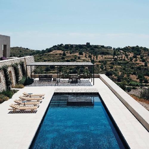 https://www.ragusanews.com//immagini_articoli/17-09-2021/1631896362-piscine-terra-cielo-un-tuffo-tra-verde-e-blu-della-sicilia-foto-1-500.jpg