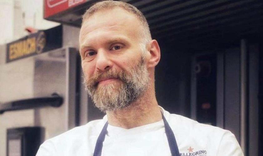 https://www.ragusanews.com//immagini_articoli/17-09-2021/gabriele-bonci-la-dieta-del-re-della-pizza-che-gli-ha-fatto-perdere-40-kg-500.jpg