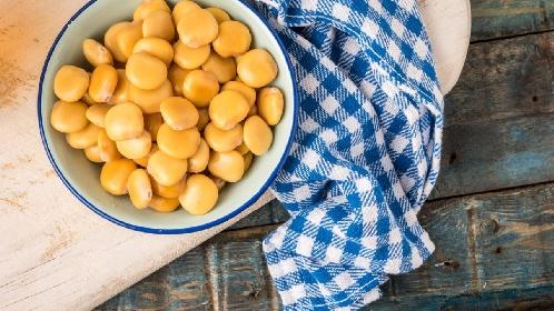 https://www.ragusanews.com//immagini_articoli/17-09-2021/lupini-proprieta-nutrizionali-e-benefici-del-legume-ipocalorico-280.jpg