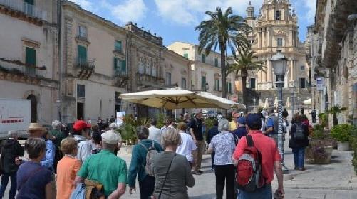 https://www.ragusanews.com//immagini_articoli/17-09-2021/musei-alla-provincia-di-ragusa-le-briciole-del-turismo-culturale-280.jpg