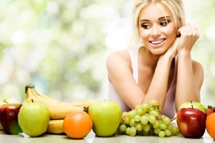 https://www.ragusanews.com//immagini_articoli/17-09-2021/schema-dieta-dell-autunno-da-1300-calorie-per-perdere-8-kg-in-un-mese-500.jpg
