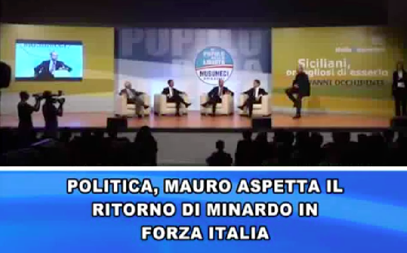 http://www.ragusanews.com//immagini_articoli/17-10-2014/il-senatore-mauro-aspetto-nino-minardo-in-fi-500.png