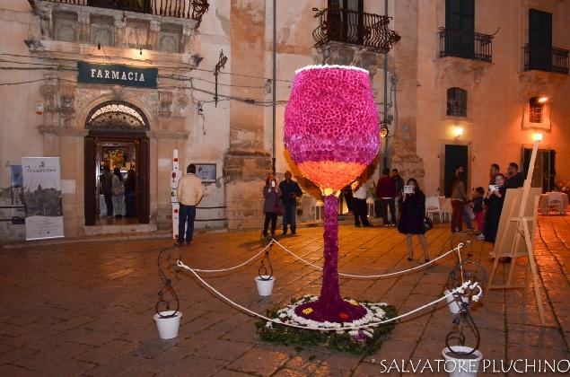 http://www.ragusanews.com//immagini_articoli/17-10-2016/il-programma-di-rubino-rotte-del-vino-420.jpg