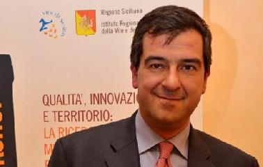 http://www.ragusanews.com//immagini_articoli/17-10-2017/provincia-ragusa-diffida-regione-siciliana-240.jpg