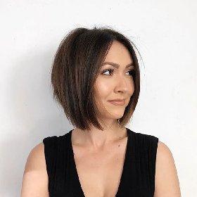 https://www.ragusanews.com//immagini_articoli/17-10-2020/1602926368-i-tagli-2020-21-i-capelli-medi-e-la-nuova-tendenza-5-280.jpg