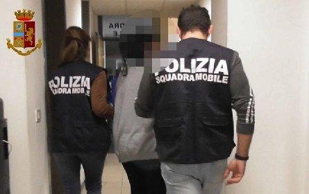 https://www.ragusanews.com//immagini_articoli/17-10-2020/arrestati-due-coinvolti-nell-operazione-agnellino-280.jpg