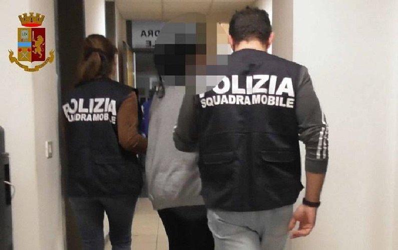https://www.ragusanews.com//immagini_articoli/17-10-2020/arrestati-due-coinvolti-nell-operazione-agnellino-500.jpg