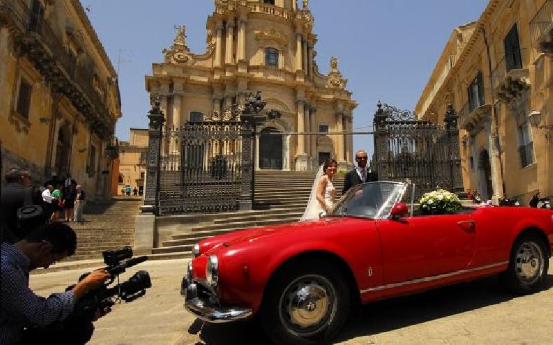 https://www.ragusanews.com//immagini_articoli/17-11-2013/el-pais-ragusa-modica-scicli-sicilia-barocca-ed-edonista-500.jpg