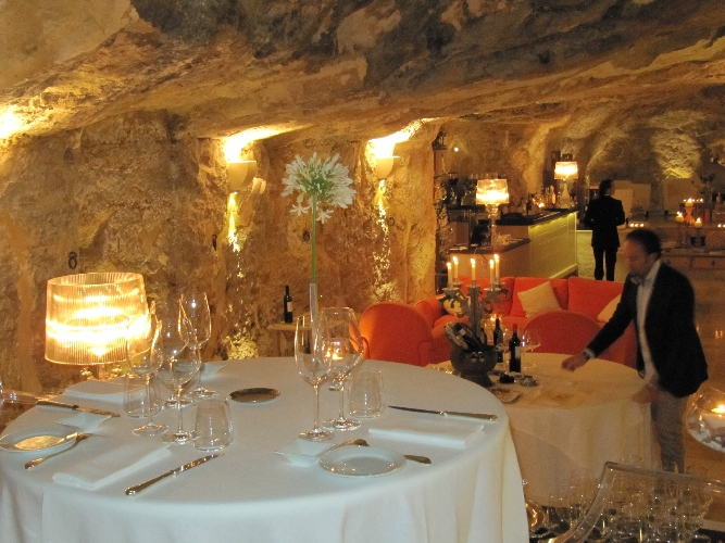 https://www.ragusanews.com//immagini_articoli/17-11-2017/palermo-sicily-tourism-case-history-ragusa-500.jpg