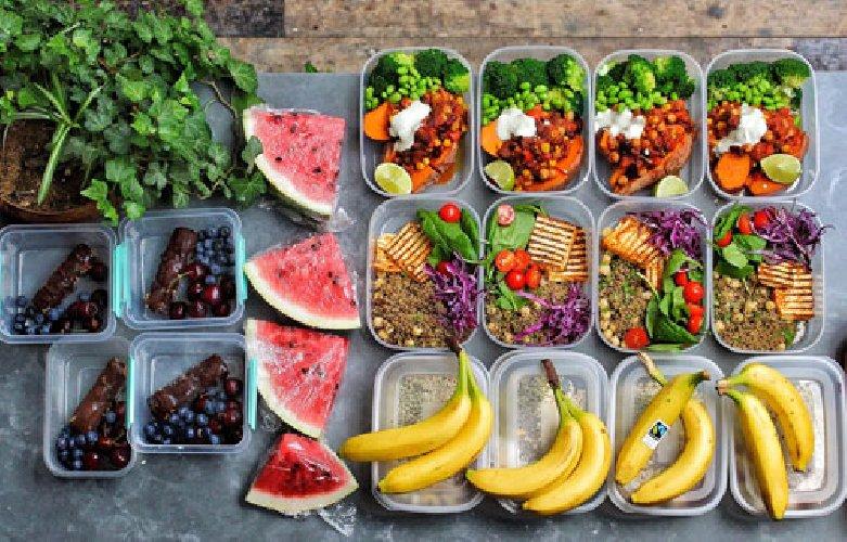 https://www.ragusanews.com//immagini_articoli/17-11-2020/dieta-vegetariana-come-dimagrire-con-una-dieta-equilibrata-500.jpg