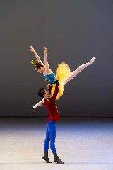 http://www.ragusanews.com//immagini_articoli/17-12-2017/danza-compagnia-coreana-karts-dance-company-modica-240.jpg