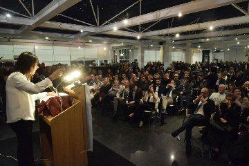 http://www.ragusanews.com//immagini_articoli/17-12-2017/sonia-migliore-candidata-sindaco-ragusa-240.jpg