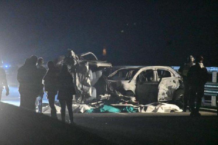 https://www.ragusanews.com//immagini_articoli/17-12-2018/auto-contromano-morti-sondrio-500.jpg