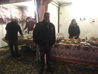 https://www.ragusanews.com//immagini_articoli/17-12-2018/pedalino-eccellenze-agroalimentari-240.jpg