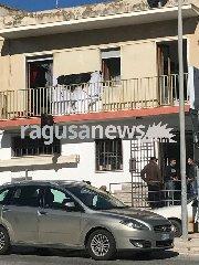 http://www.ragusanews.com//immagini_articoli/18-01-2018/incendio-casa-sampieri-240.jpg