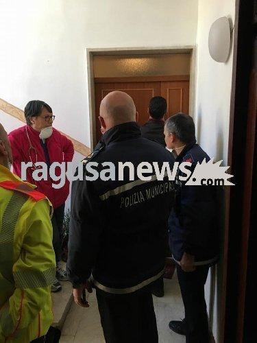 https://www.ragusanews.com//immagini_articoli/18-01-2018/scicli-donna-anni-trovata-morta-casa-viveva-sola-500.jpg