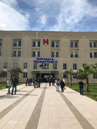 https://www.ragusanews.com//immagini_articoli/18-01-2019/presunto-caso-malasanita-ospedale-ragusa-denuncia-500.jpg