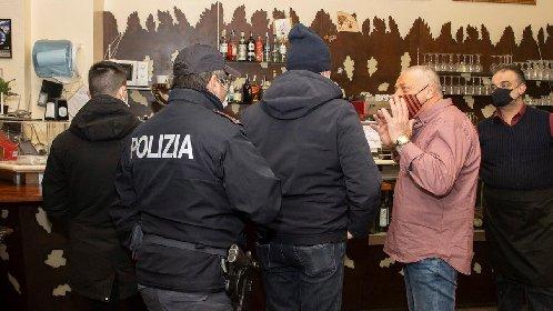 https://www.ragusanews.com//immagini_articoli/18-01-2021/ristoratori-e-clienti-sfidano-chiusure-e-multe-in-tutta-italia-video-280.jpg