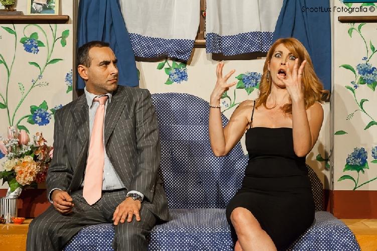 https://www.ragusanews.com//immagini_articoli/18-02-2014/single-forzati-e-single-di-ritorno-in-teatro-a-ragusa-500.jpg