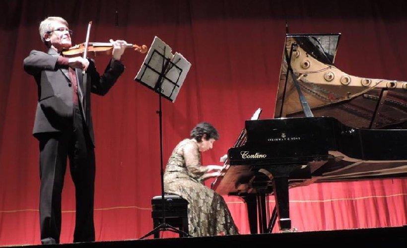 https://www.ragusanews.com//immagini_articoli/18-02-2018/calliope-ieri-sera-protagonista-musica-ragusa-500.jpg