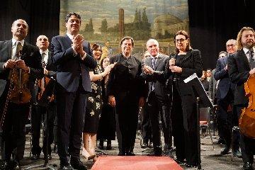 https://www.ragusanews.com//immagini_articoli/18-02-2019/beethoven-orchestra-bellini-modica-240.jpg