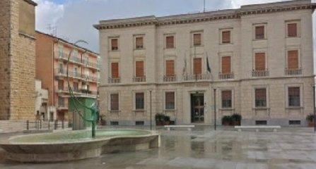 https://www.ragusanews.com//immagini_articoli/18-02-2020/banca-agricola-ragusa-compra-banca-d-italia-il-palazzo-240.jpg