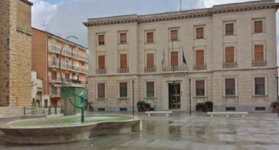 https://www.ragusanews.com//immagini_articoli/18-02-2020/banca-agricola-ragusa-compra-banca-d-italia-il-palazzo-500.jpg