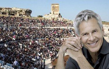 https://www.ragusanews.com//immagini_articoli/18-02-2020/claudio-baglioni-a-siracusa-240.jpg